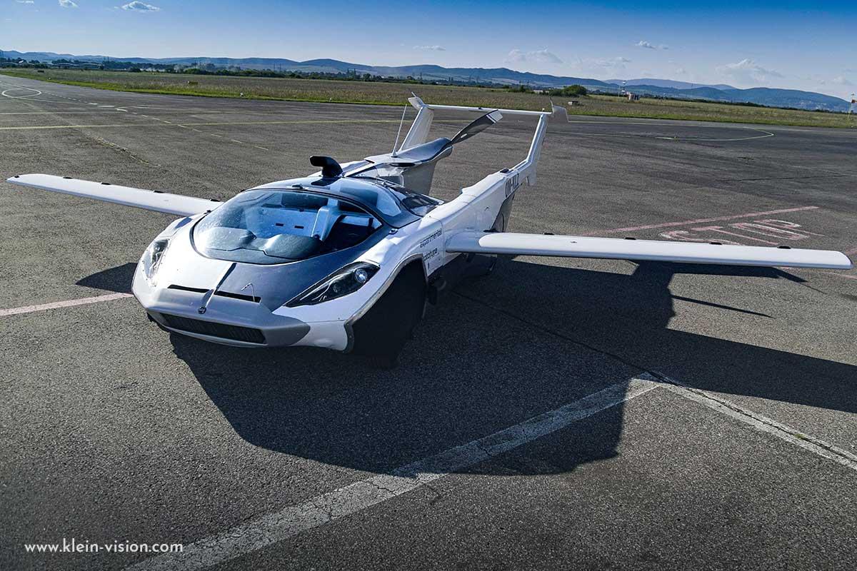 Actualité automobile Premier vol réalisé avec succès pour la voiture volante AirCAr de Stefan Klein