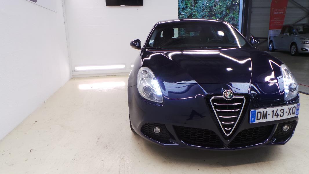 Alfa Romeo Giulietta 2.0 Jtdm 170ch Distinctive Stop&start Occasion on alpha romeo, marseille romeo, alpine romeo, uggs on sale men's romeo, giulietta and romeo, things that describe romeo, ver videos de romeo,