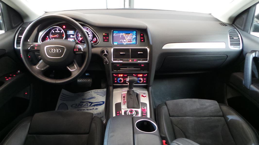 Audi q7 3 0 tdi 245ch fap ambition luxe tiptronic 7pl for Interieur q7