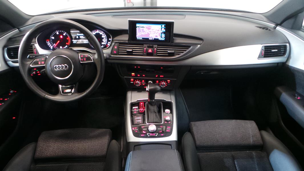 Audi q3 cv of interieur q3 s line for Audi q3 photos interieur