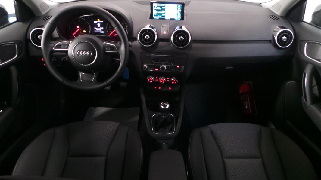 Audi a1 sportback interieur 28 images audi a1 for Audi a1 sportback interieur