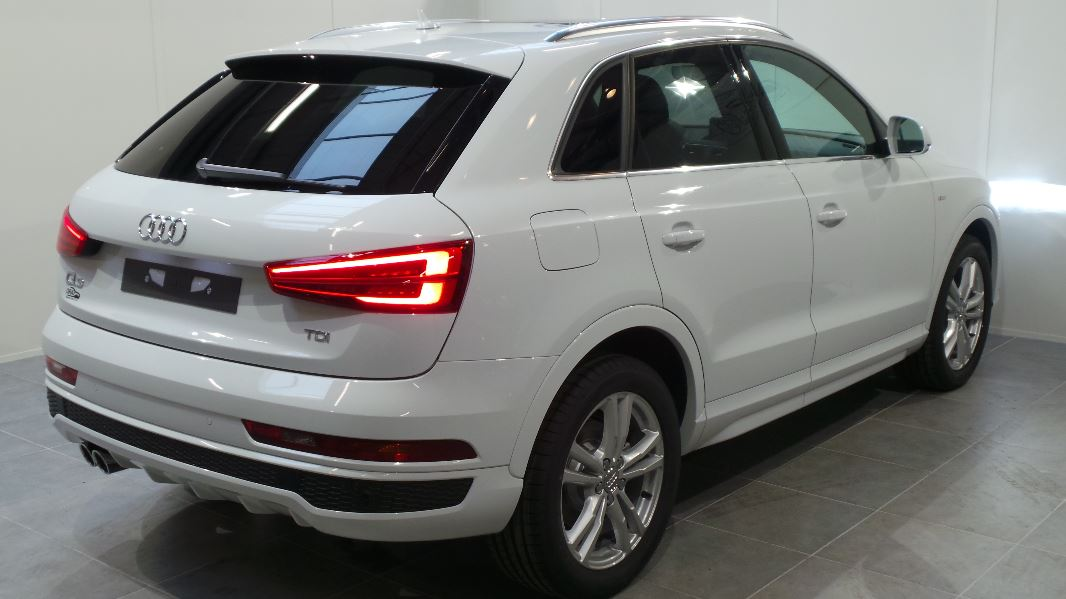 audi q3 2 0 tdi 150ch s line quattro s tronic 7 occasion. Black Bedroom Furniture Sets. Home Design Ideas