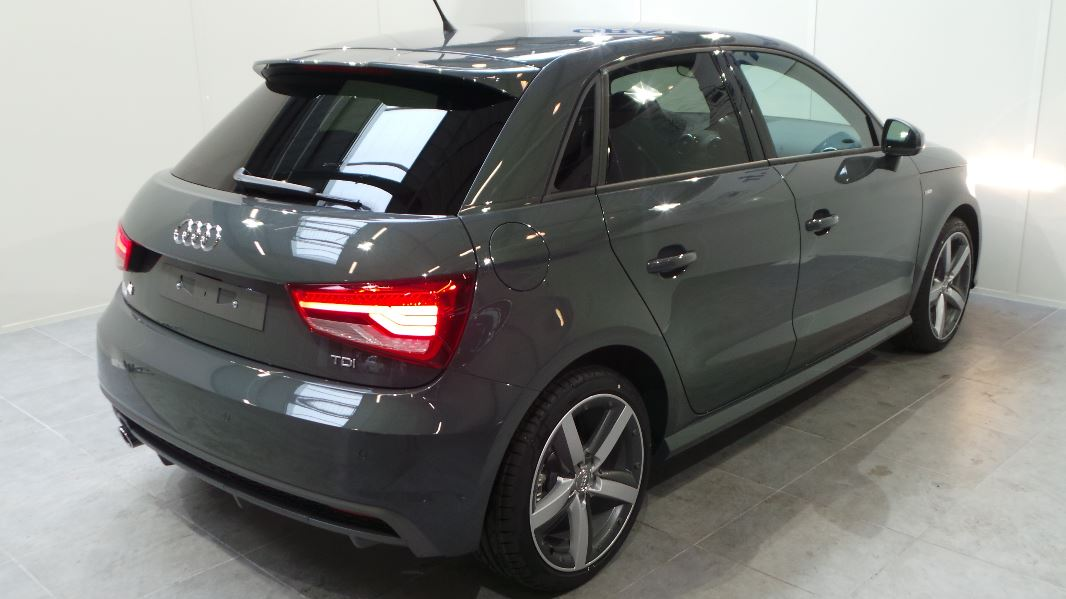 audi a1 sportback 1 6 tdi 116ch s line occasion lyon neuville sur sa ne rh ne ora7. Black Bedroom Furniture Sets. Home Design Ideas