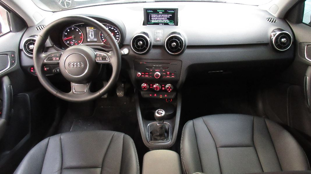 Interieur audi a1 sportback 28 images int 233 rieur for Interieur cuir audi a6