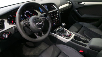 AUDI A4 AVANT 2.0 TDI 150 CLEAN DIESEL DPF EURO6 S LINE