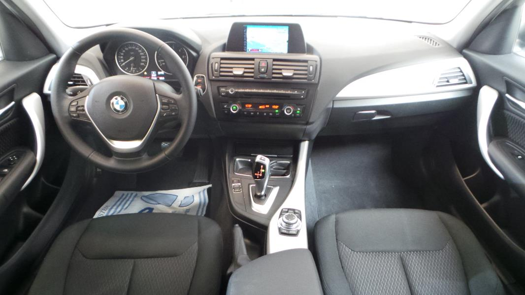 Bmw serie 1 f21 20 118da 143ch lounge 5p occasion lyon for Bmw serie 9 interieur
