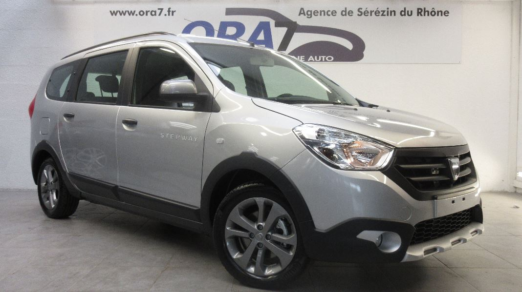 dacia lodgy 1 5 dci 110ch stepway euro6 7 places occasion  u00e0 lyon s u00e9r u00e9zin  rh u00f4ne