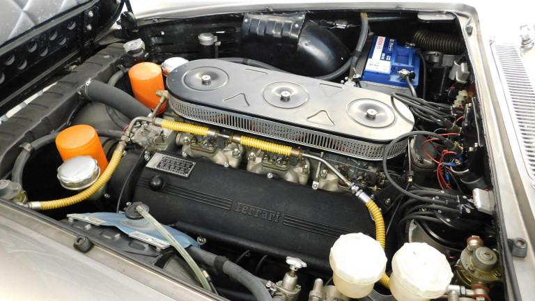 FERRARI 330GT 330 GT 2+2 4.0 V12 300 CV
