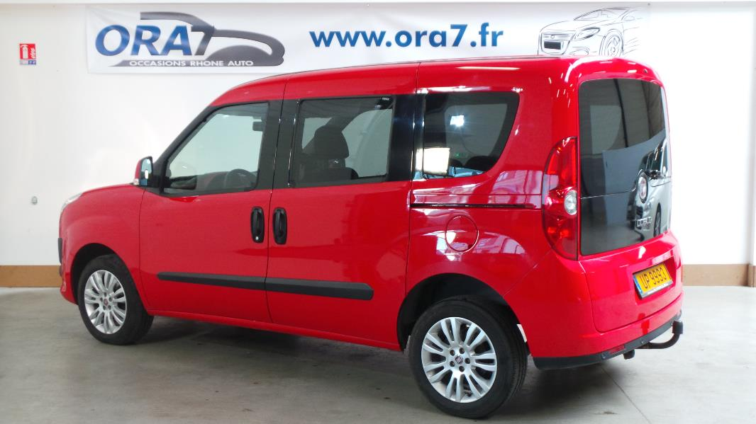 fiat doblo 1 6 16v multijet 90ch dpf emot dual stop start occasion lyon neuville sur sa ne. Black Bedroom Furniture Sets. Home Design Ideas