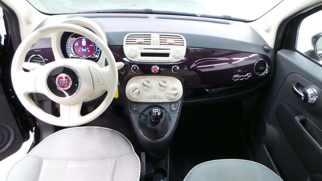Fiat 500c 1 2 8v 69ch lounge occasion lyon s r zin for Fiat 500 x interieur