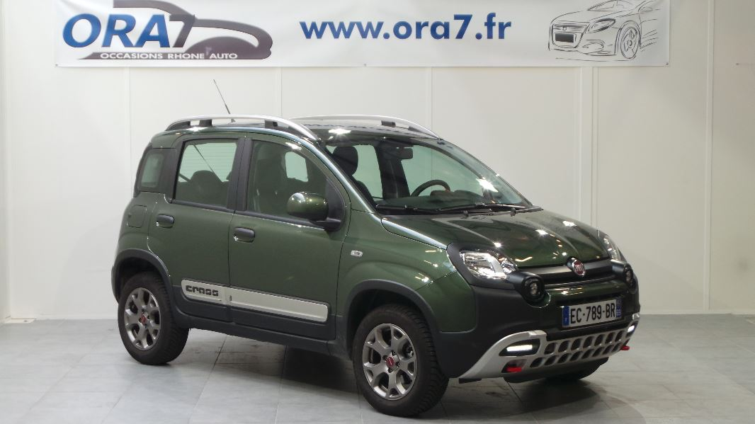 fiat panda 3 4x4 cross 1 3 multijet 16v 95ch s s cross occasion lyon neuville sur sa ne rh ne. Black Bedroom Furniture Sets. Home Design Ideas