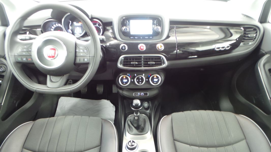 Fiat 500x 1 6 multijet 16v 120ch lounge occasion for Fiat 500x interieur