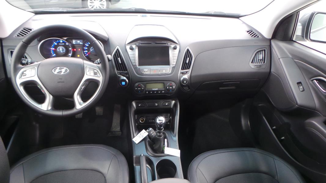 hyundai ix35 1 7 crdi 115ch pack business blue drive