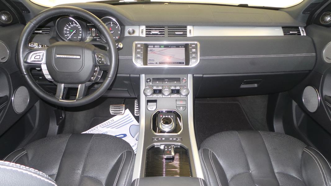 Land rover rr evoque 2 2 sd4 dynamic bva occasion for Interieur range rover evoque