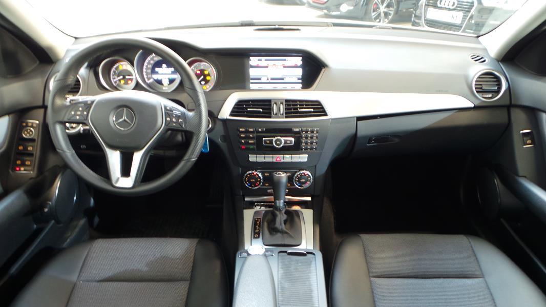 Mercedes classe c w204 220 cdi be avantgarde 7gtro for Mercedes classe b interieur