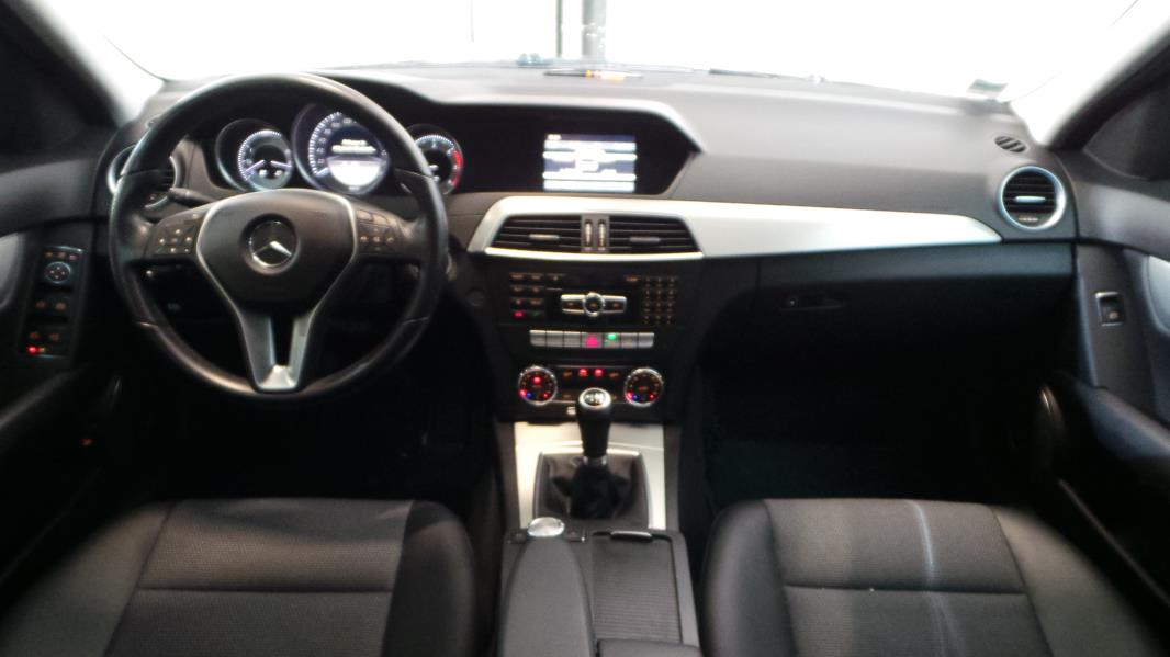 Mercedes classe c w204 180 cdi be avantgarde occasion for Mercedes classe m interieur