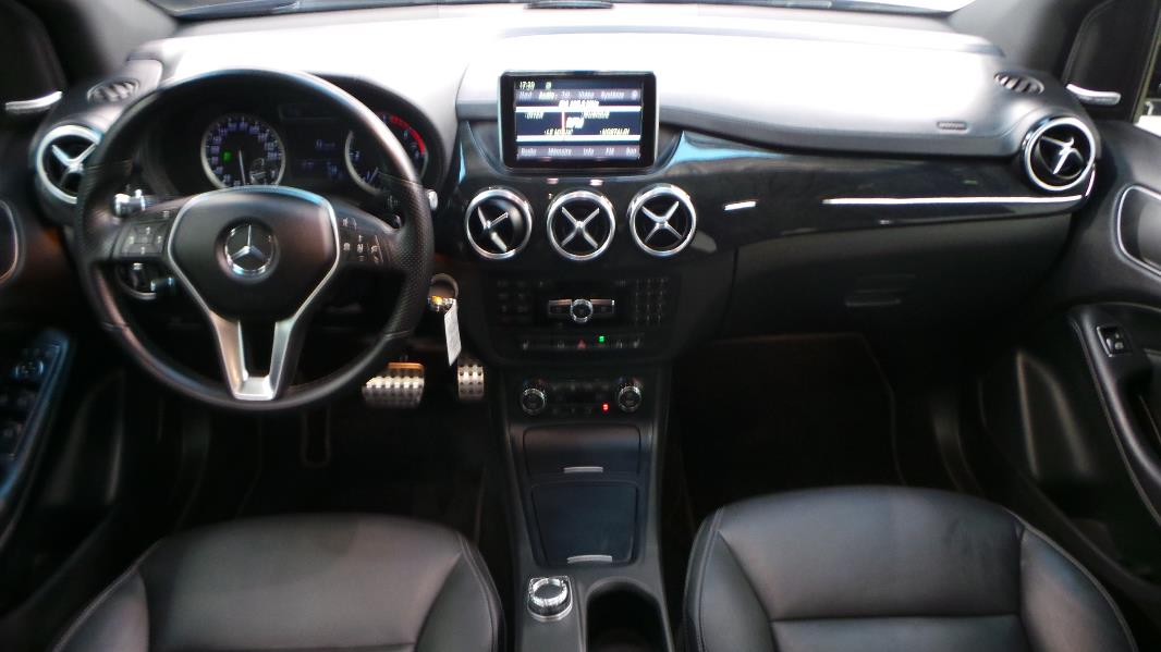 Mercedes classe b w246 200 cdi fascination 7g dct for Interieur mercedes classe a