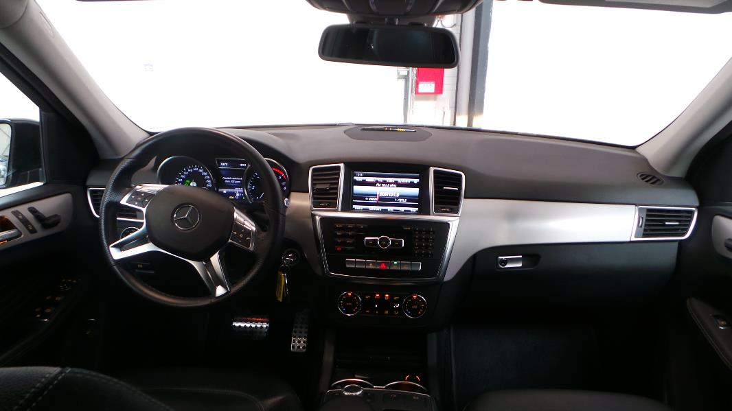 mercedes classe ml w166 250 bluetec sport 7g tronic occasion lyon neuville sur sa ne. Black Bedroom Furniture Sets. Home Design Ideas