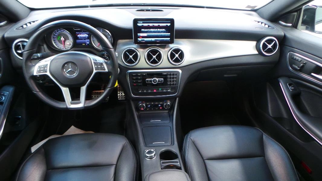 Mercedes classe cla c117 220 cdi fascination 7g dct for Interieur mercedes classe b