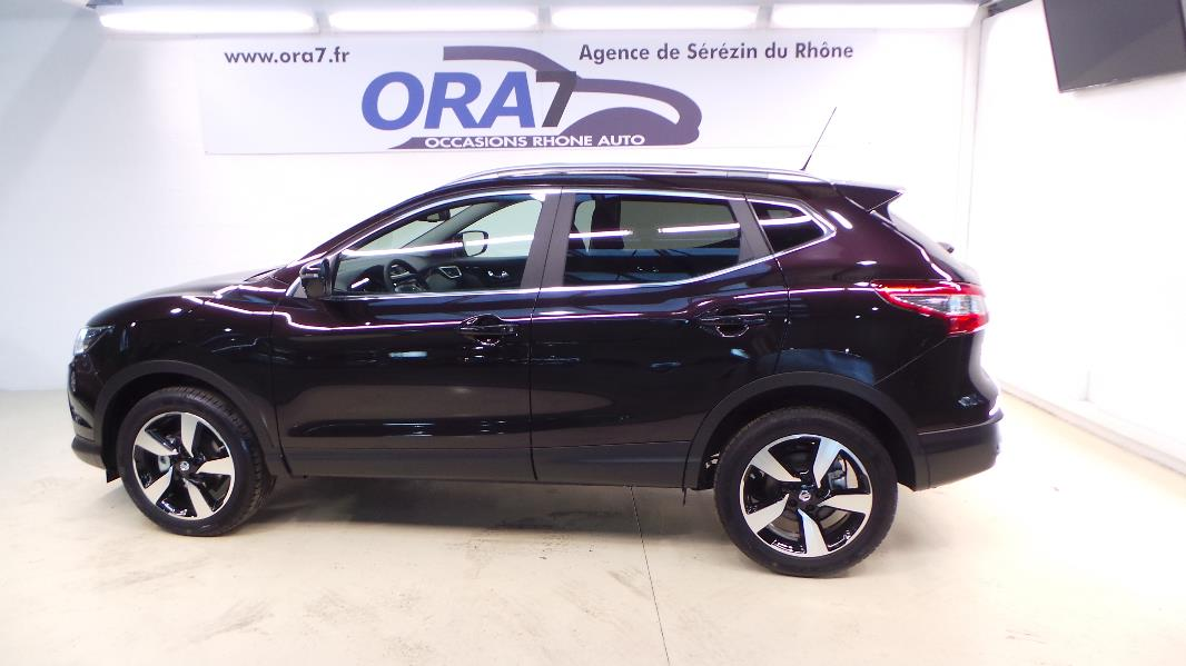 nissan qashqai 1 5 dci 110ch connect edition occasion lyon s r zin rh ne ora7. Black Bedroom Furniture Sets. Home Design Ideas