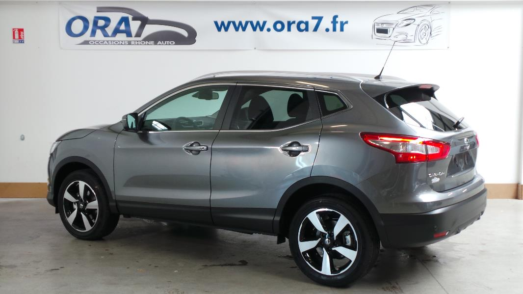 nissan qashqai 1 6 dci 130 fap connect edition stop start. Black Bedroom Furniture Sets. Home Design Ideas