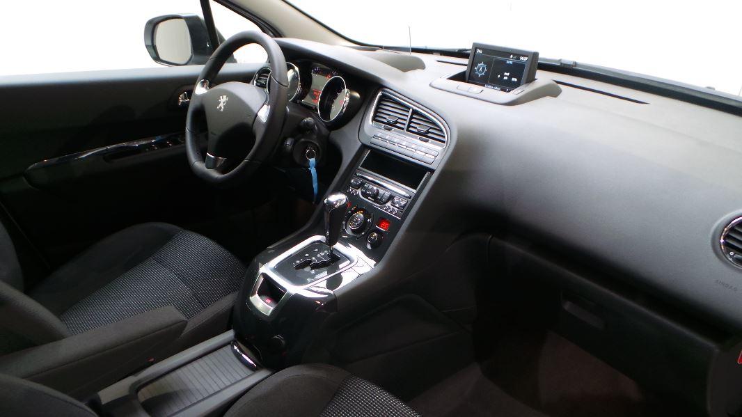 Peugeot 5008 1 6 bluehdi 120ch allure s s eat6 7pl for Garage peugeot lyon 5