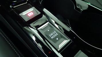 Nouvelle PEUGEOT 2008 1.5 BLUEHDI 130CH S&S GT EAT8