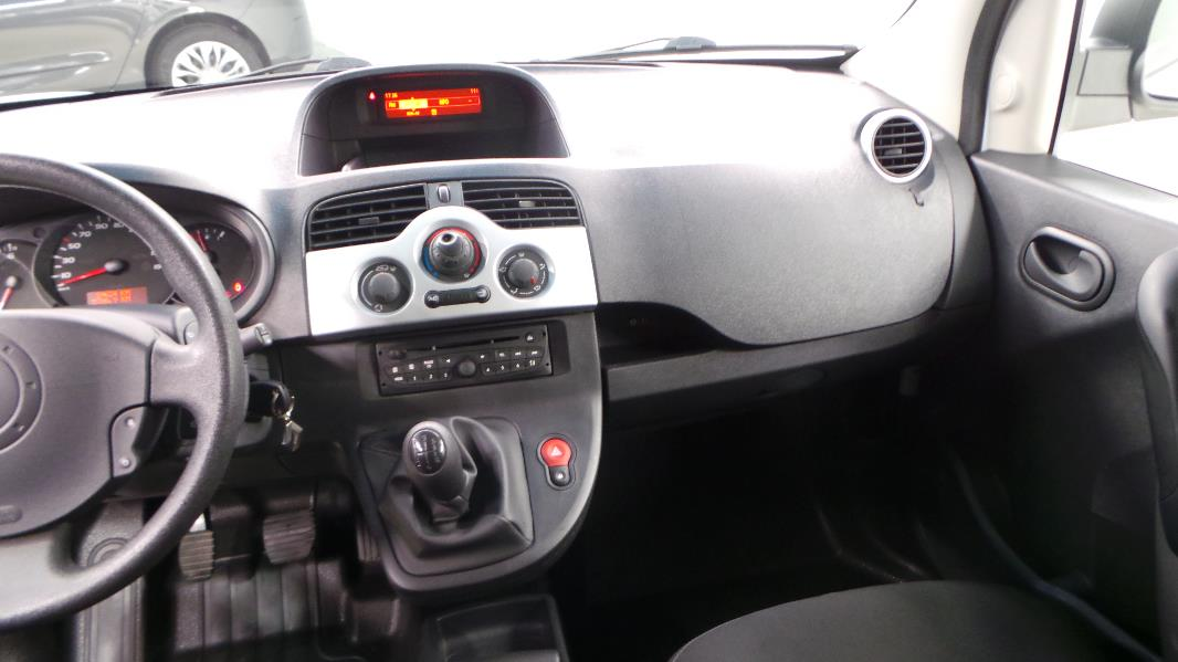 Renault kangoo 2 express 1 5 dci 75 grand confort occasion for Interieur kangoo