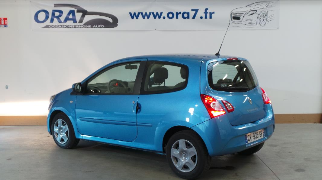 renault twingo 2 1 2 lev 16v 75 eco expression occasion lyon neuville sur sa ne rh ne ora7. Black Bedroom Furniture Sets. Home Design Ideas