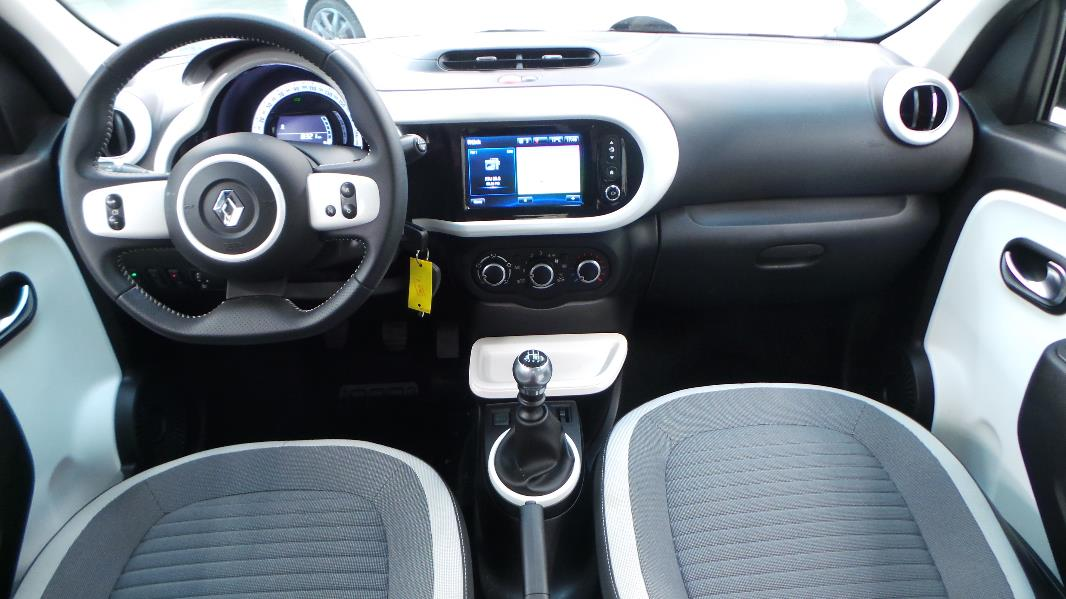 Renault twingo 3 0 9 tce 90 energy intens eco occasion for Interieur twingo