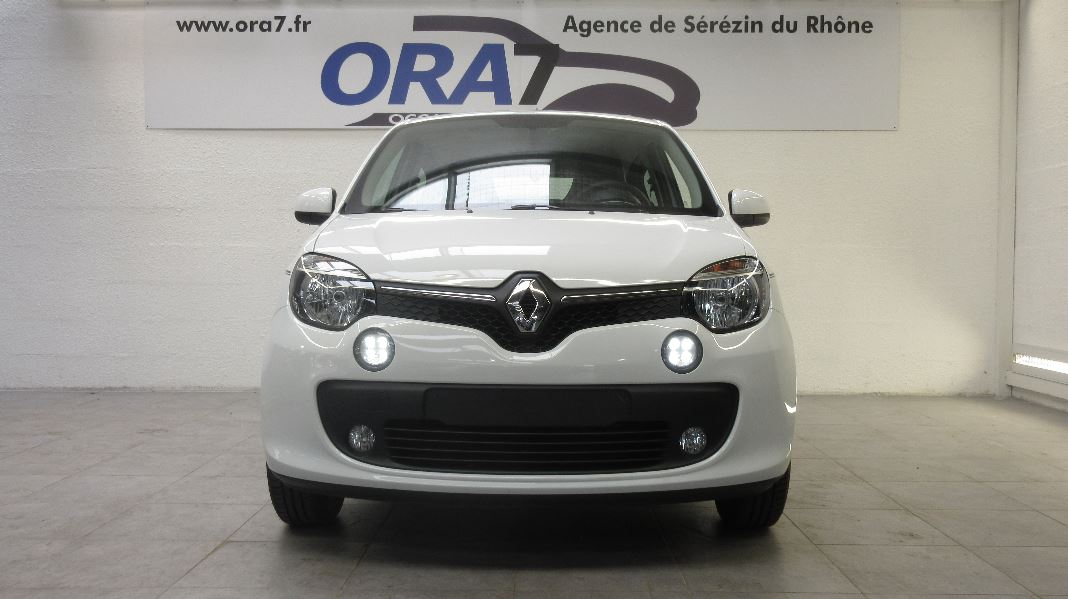 renault twingo 3 0 9 tce 90ch energy intens occasion lyon s r zin rh ne ora7. Black Bedroom Furniture Sets. Home Design Ideas