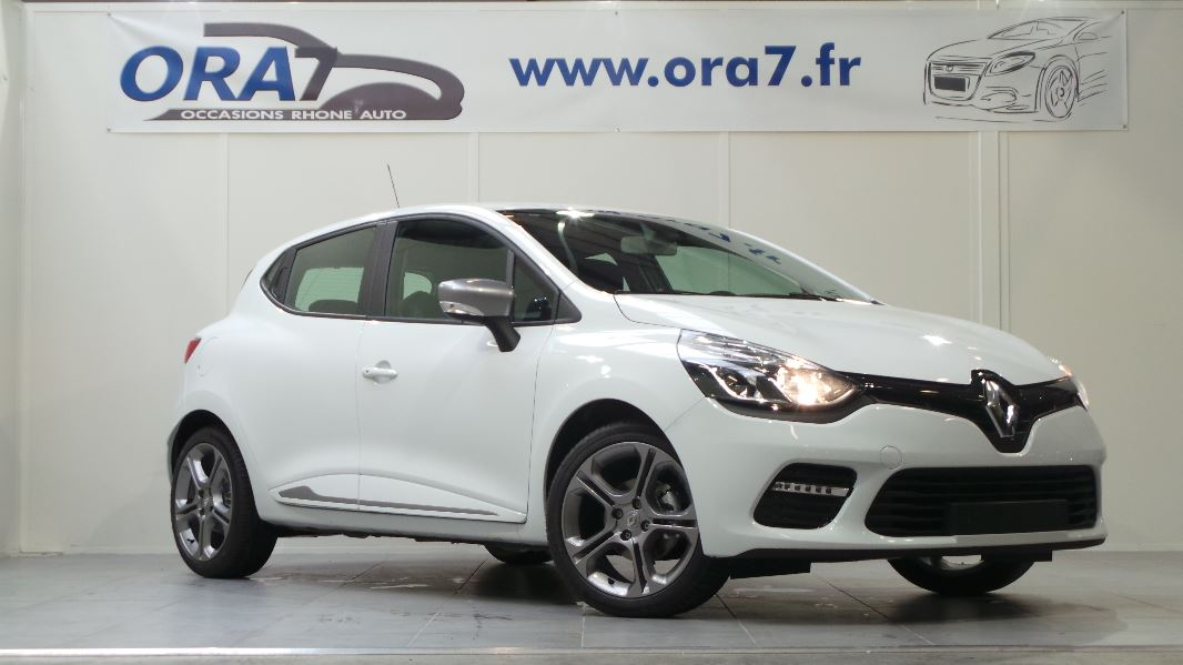 Renault clio 4 tce 90 e6 intens 2015 5p occasion lyon for Garage blanc lyon 4