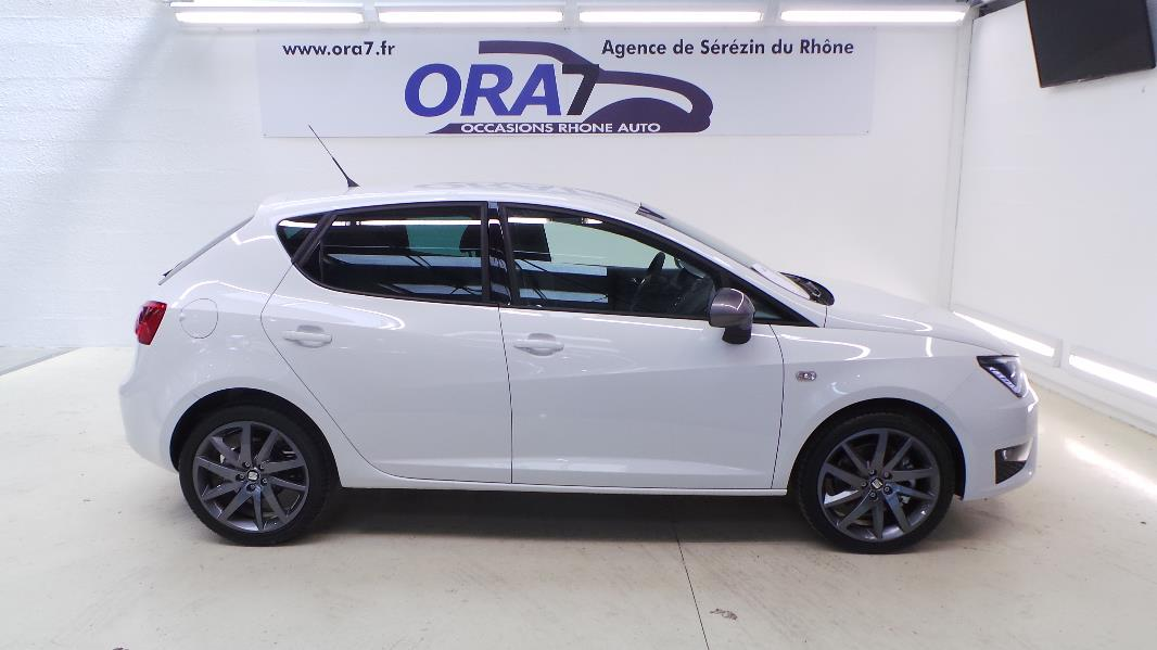seat ibiza 1 6 tdi 105ch fr 5p occasion lyon s r zin rh ne ora7. Black Bedroom Furniture Sets. Home Design Ideas