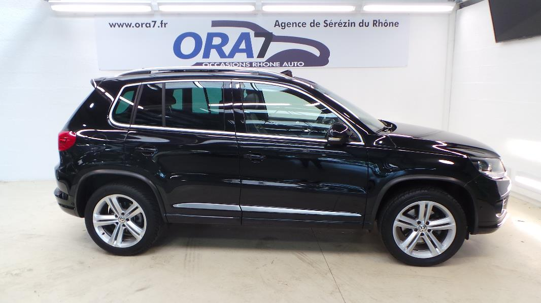 volkswagen tiguan 2 0 tdi 110ch fap bluemotion technology sportline occasion lyon s r zin. Black Bedroom Furniture Sets. Home Design Ideas