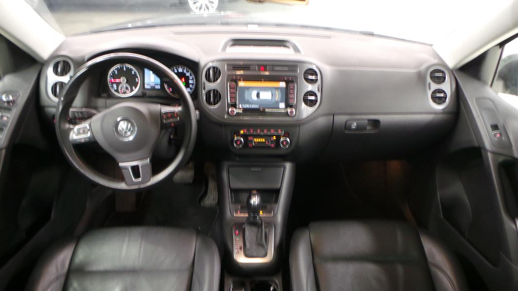 Touran interieur 7 places file vw touran facelift ii 1 4 for Touran interieur 7 places