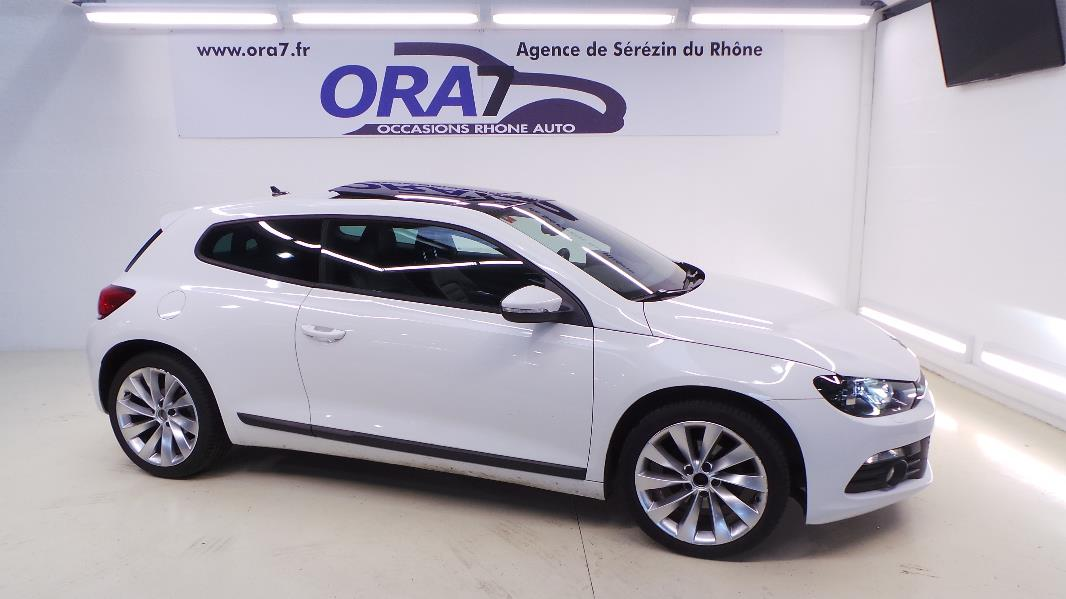 volkswagen scirocco 2 0 tdi 140 fap sportline occasion lyon s r zin rh ne ora7. Black Bedroom Furniture Sets. Home Design Ideas