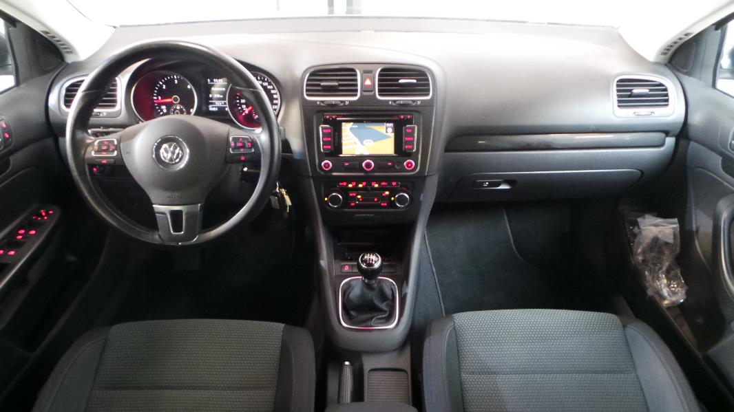 Volkswagen golf 6 sw occasion annonce volkswagen golf 6 sw for Interieur golf