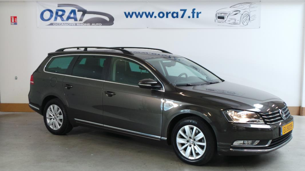 volkswagen passat sw 2 0 tdi177 fap bluemotion technology confortline occasion lyon neuville. Black Bedroom Furniture Sets. Home Design Ideas