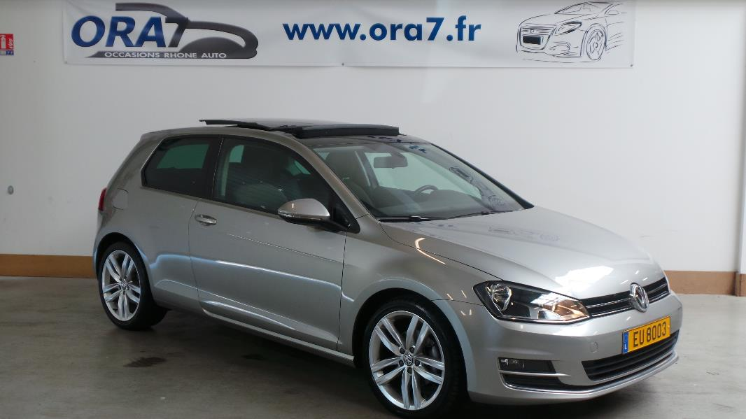 volkswagen golf 7 1 6 tdi 105 fap bluemotion technology confortline occasion lyon neuville sur. Black Bedroom Furniture Sets. Home Design Ideas