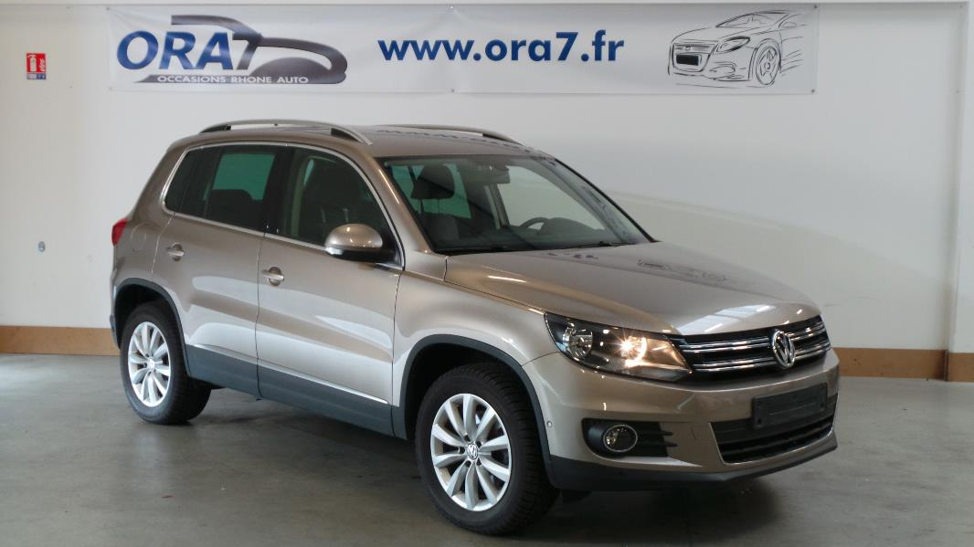 volkswagen tiguan 2 0 tdi 140ch bluemotion technology fap sportline occasion lyon neuville sur. Black Bedroom Furniture Sets. Home Design Ideas