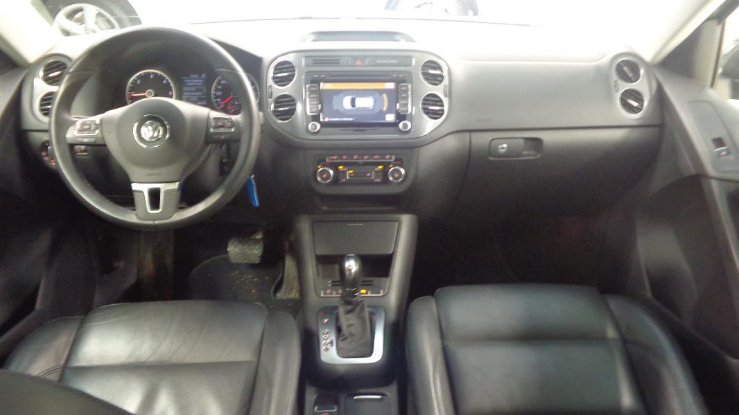 Volkswagen tiguan 2 0 tdi 177ch fap bluemotion technology for Interieur tiguan