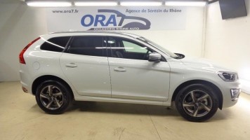 VOLVO XC60 D4 181CH AWD R-DESIGN GEARTRONIC